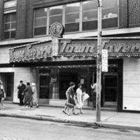 Town_Tavern,_Toronto.png
